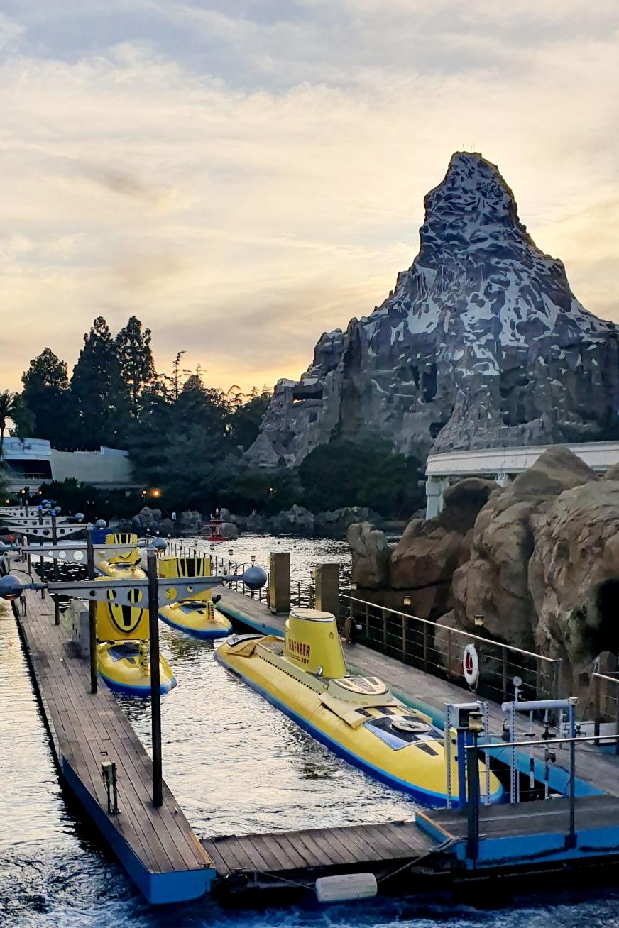 Disneyland Tomorrowland Finding Nemo Submarine Voyage Matterhorn Bobsleds