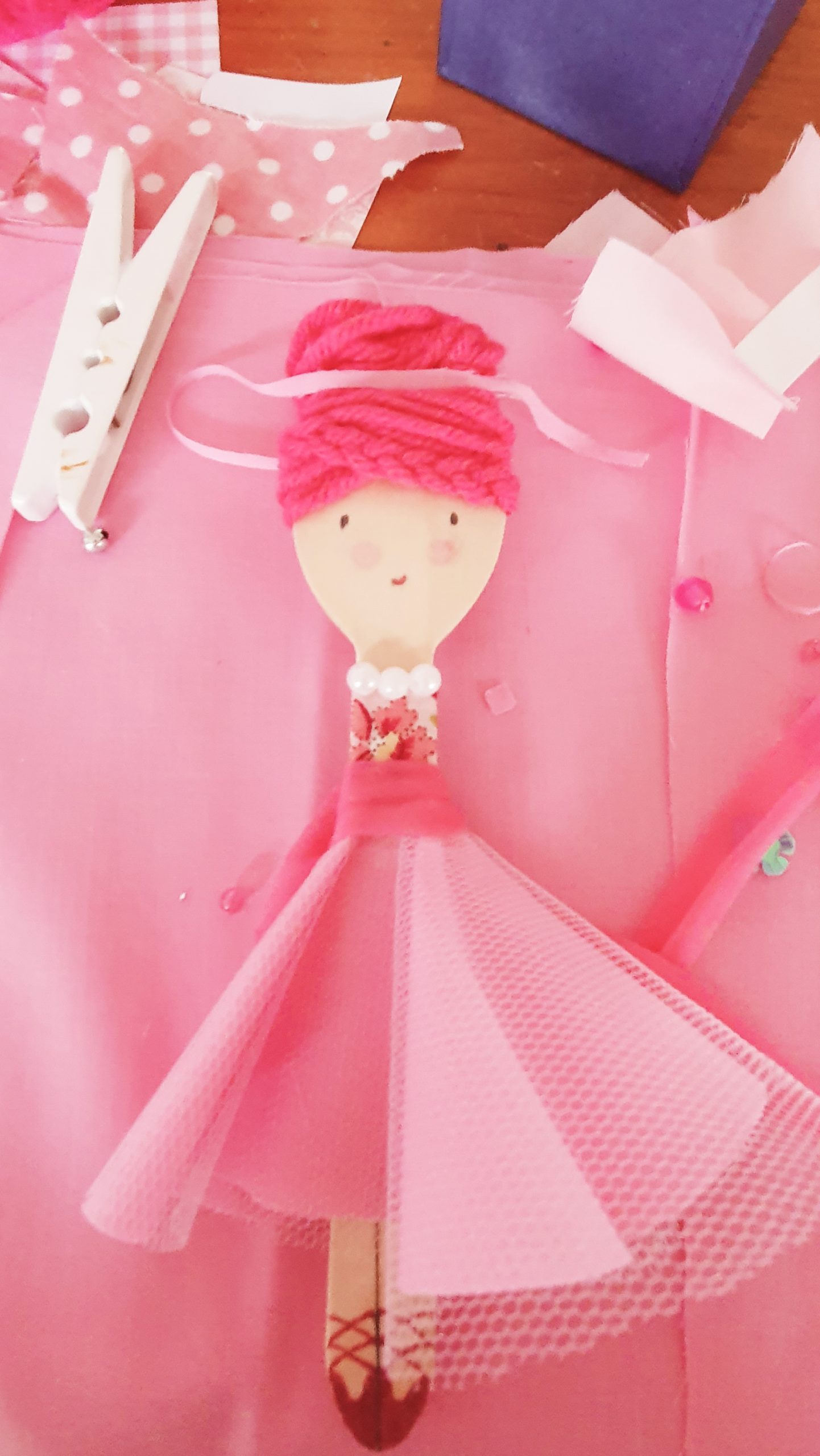Make Your Own Spoon Doll - Decorate